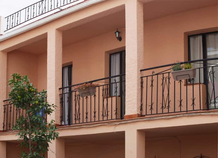 Basic, clean rooms with locks,centre of Fuengirola