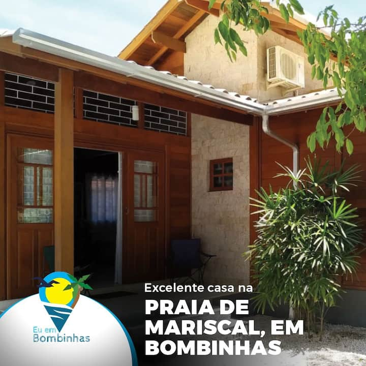 Casa em Bombinhas Praia de Mariscal para 14 pessoas