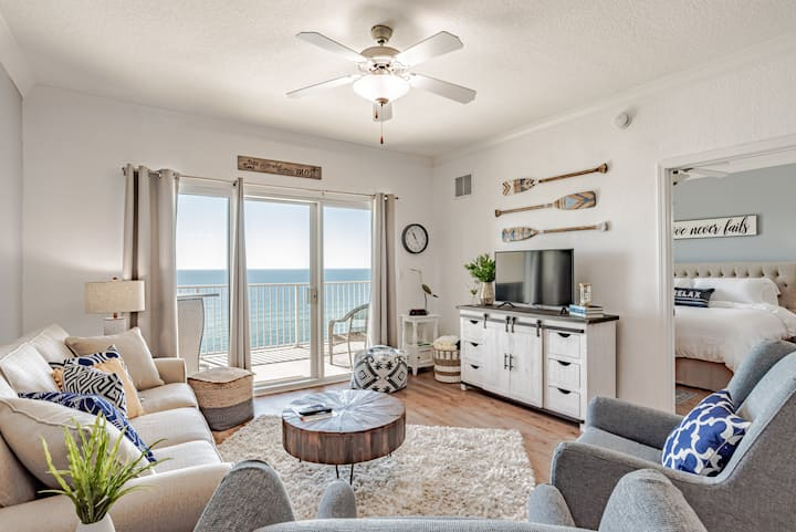 BEAUTIFULLY RENOVATED 6th Floor Gulf Front Condo