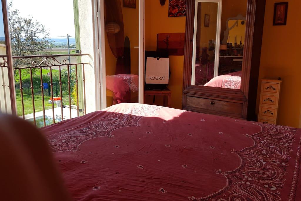 chambre au levant lit 160