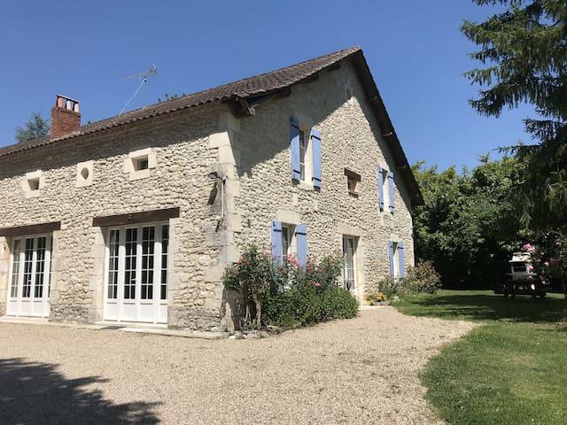 Campaign near Bergerac- Large house