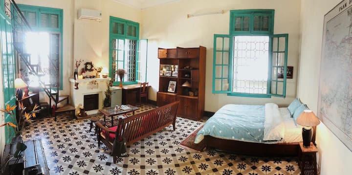 Studio vintage ở Phố Cổ ❤ Có smart TV, bếp lẩu