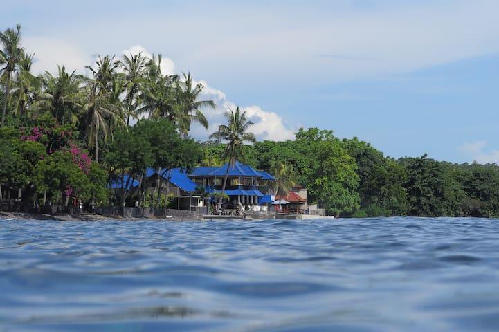Matahari Tulamben Dive & SPA: Beach front Resort.