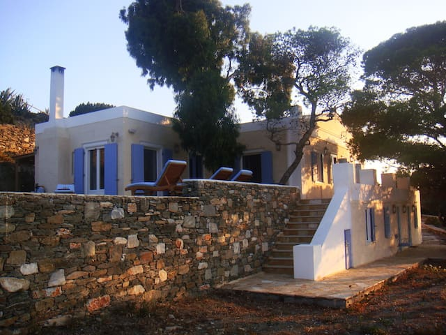 Beautiful vacation home in Parakopi,Syros