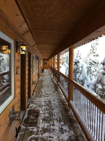 Ski in ski out condo sleeps 6 - Taos Ski Valley