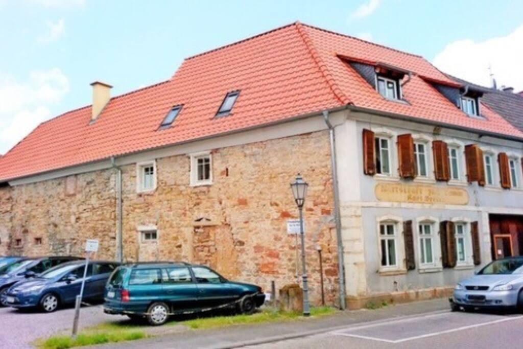 Komplettes Wohnhaus