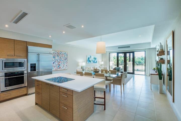 Villa Vista Golf | Luxurious 3 bedroom resort villa with golf views and beach club access