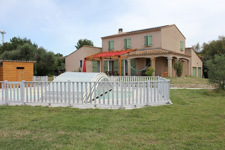 Mas dou l'Estele : Bed and Breakfast in Camargue