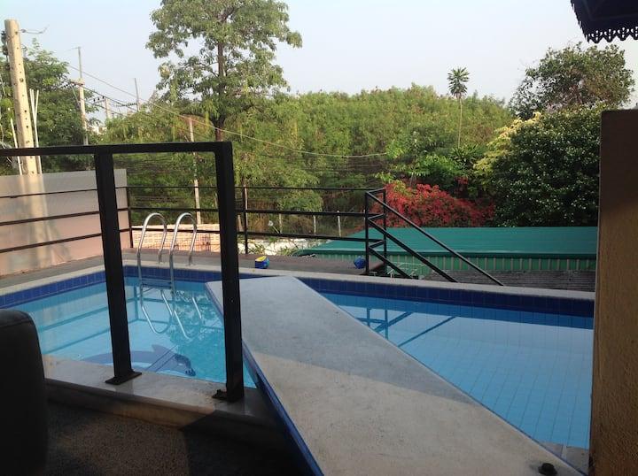 Ben & Lek Guesthouse : Room 2 / 13  m2 (2 Pers)