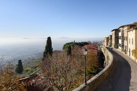 San Sebastiano 1 App. in centro  con vista Cortona - 科尔托纳 - 公寓