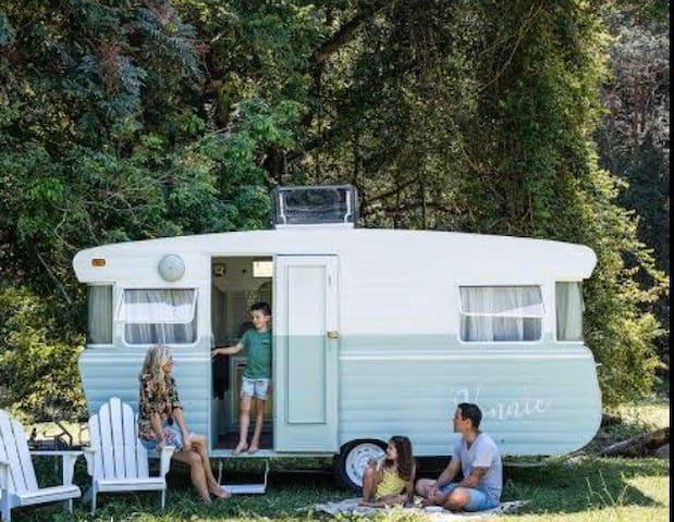 Private Caravan room