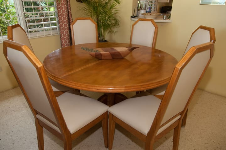 Soon Soon Villa Caribbean Dining table expands to fit 12
