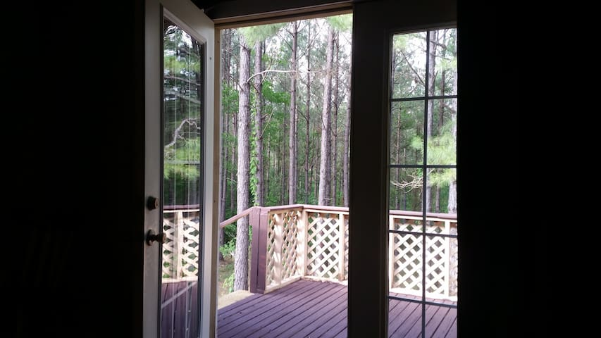 Nature Cottage in the Pines - Louin