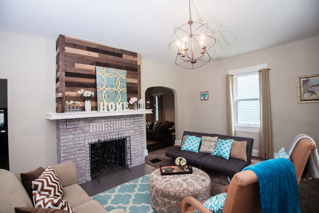 Inviting and cozy front room with plenty of seating for your group.