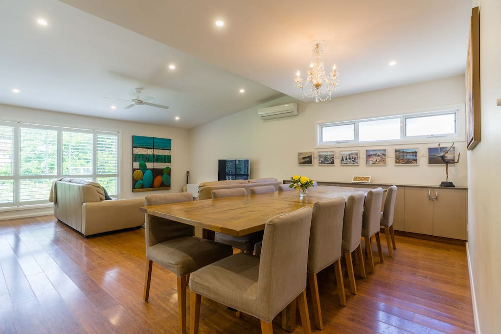 Open plan living and dining is perfect for a relaxed holiday with a large group.