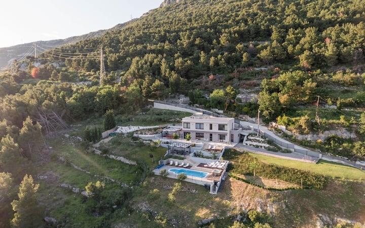 Villa Blue Hill