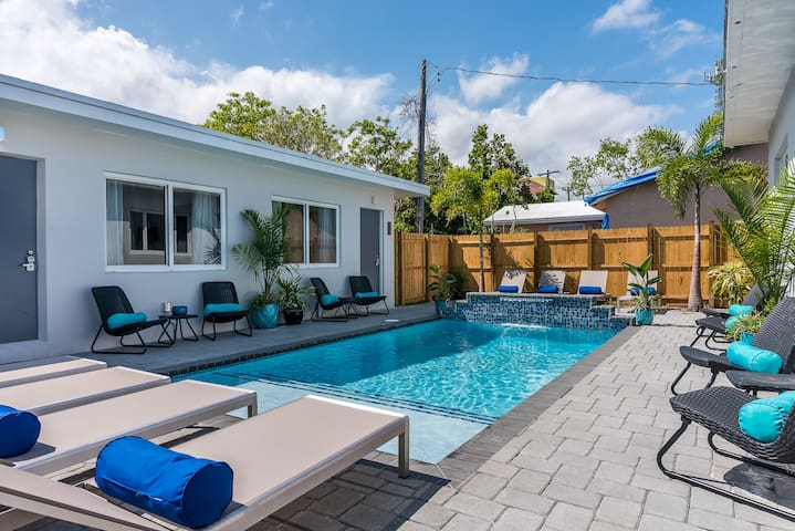 La Vida Delray #3- Lux w/HEATED pool-BEST LOC!
