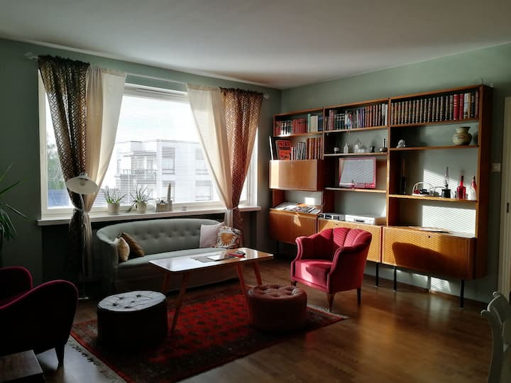 Cozy,  stylish apartment in the heart of the town