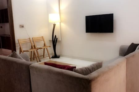 Bright & Stylish Studio - Near Lyallpur Galleria