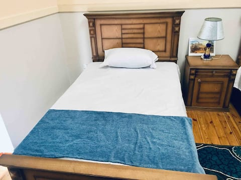 Standard Double Room in Prime Location