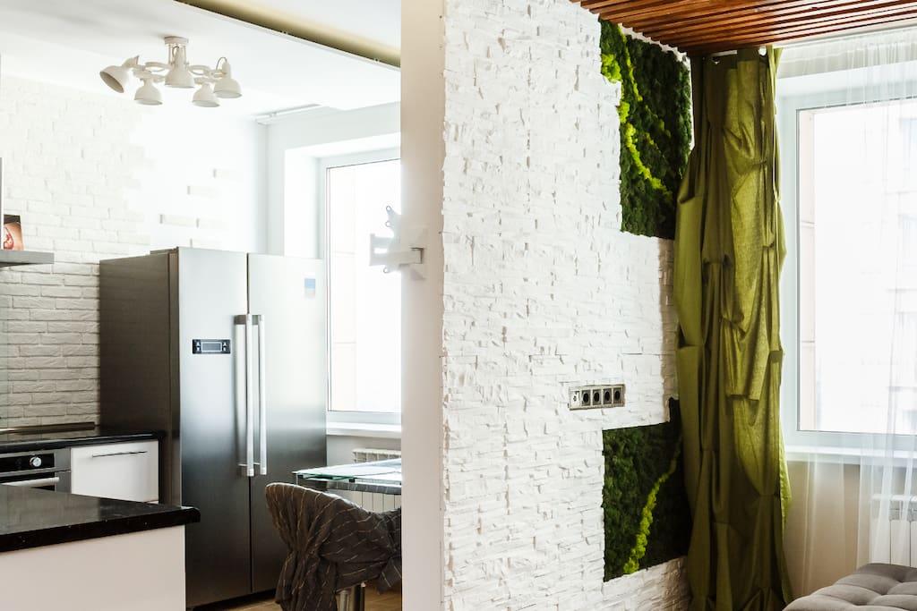 Стабилизированный скандинавский мох, декор на стенах/Stabilized Scandinavian moss, decor on the walls
