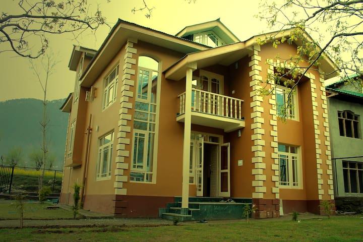 Lidder View , PAHALGAM (KASHMIR ) - Pahalgam - Apartamento