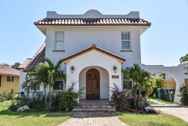 Charming 1925 Spanish House - Lake Worth - Leilighet