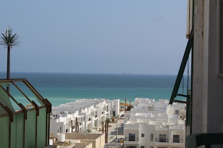 Fujairah flat with sea side view (room2)