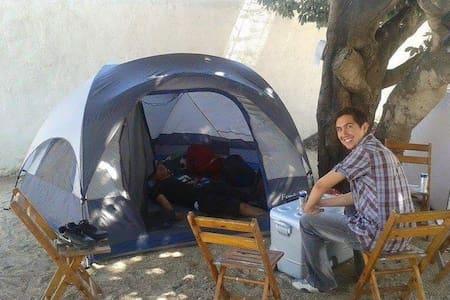 Acampar en Melaque cómodo y seguro - San Patricio