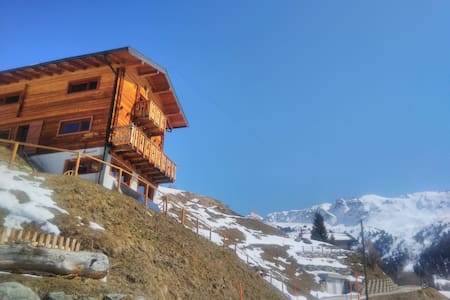 Chalet cosy posé dans le silence des Alpes - Chandolin - Chatka w górach