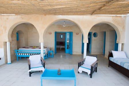 Dar Mehdi - Al Huwariyah - Dům