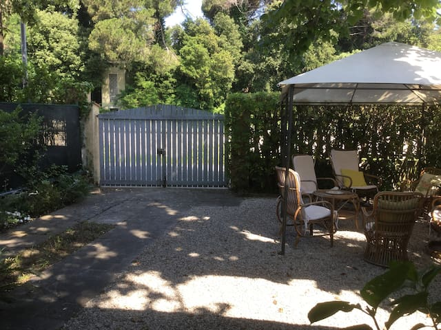 Casa con giardino 200 mt. dal mare zona Focette - Pietrasanta - Rumah