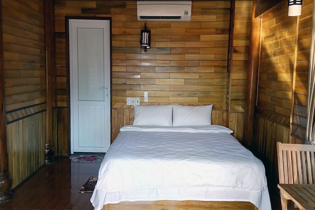 Double room with shared balcony
