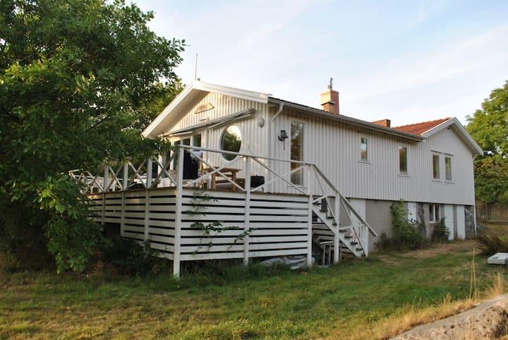 Modern cottage Köpstadsö, Gothenburg Archipelago