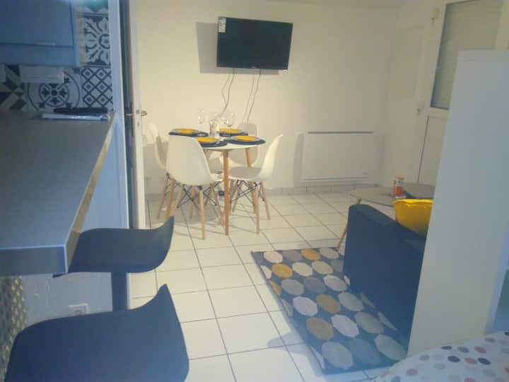 Studio contemporain 25 minutes de Paris