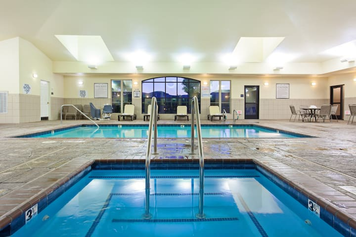 Accessible King Suite | Heated Outdoor Pool, Whirlpool + Gym Access