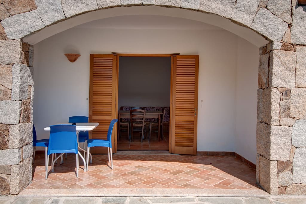 Residence bougavillage flats for rent in tanaunella for Residence tanaunella sardegna