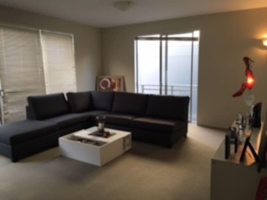 larde living room