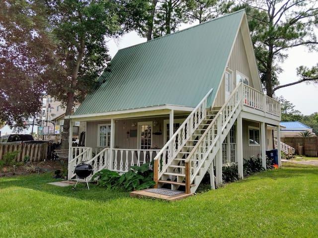 Terry Cove Lodge - C