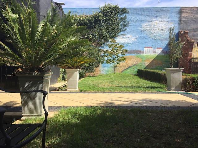 Garden & Monet mural