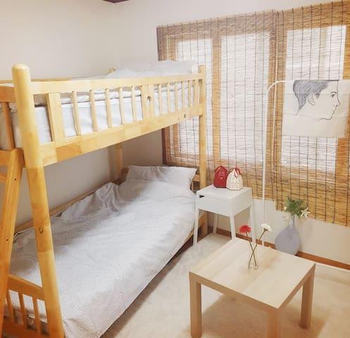 [Room1단독사용] Jiny's house 5min Sillim station(신림역)