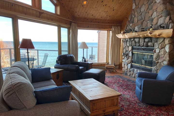 Stunning Lake Superior Condo
