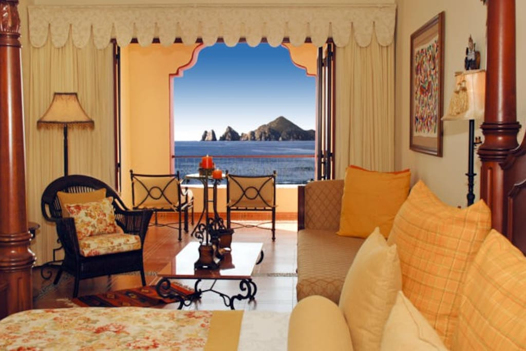 "<span class=""item-title ng-binding"" style=""font-weight: 700; display: block; font-size: 16px; text-align: start; white-space: normal;"">1-BR OCEAN VIEW STUDIO IN CABO SAN LUCAS</span>"