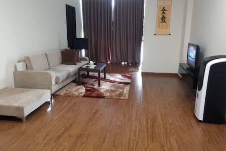 Huge Room on high floor in Ho Guom Plaza, Ha Dong