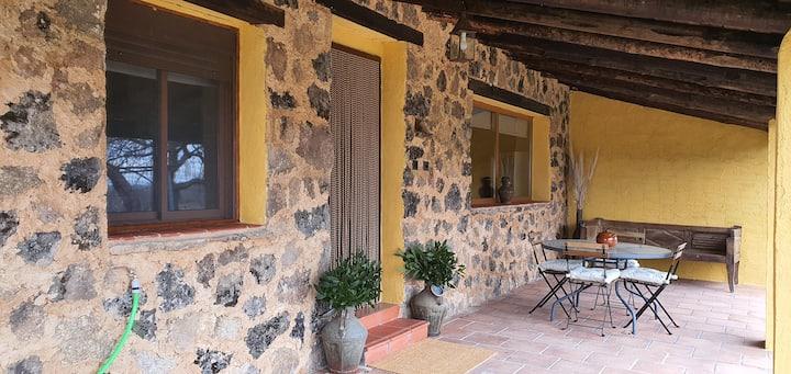 "Casa rural "" LAS TRAVIESAS"" Candeleda. Avila"
