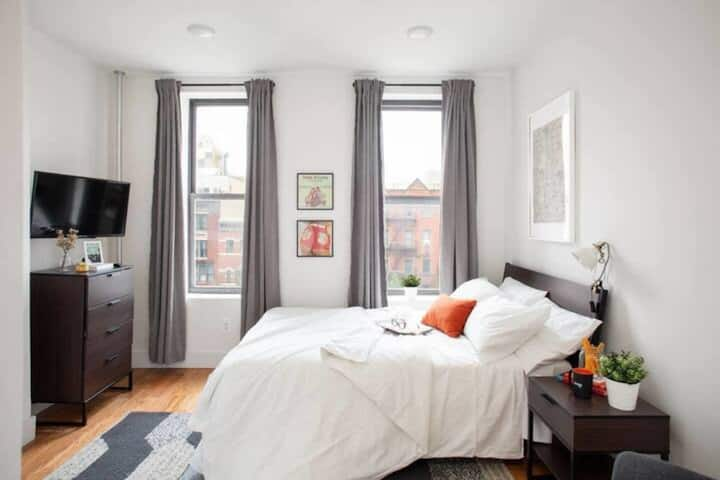 Newly Renovated 3BR 1BH In Prime Harlem