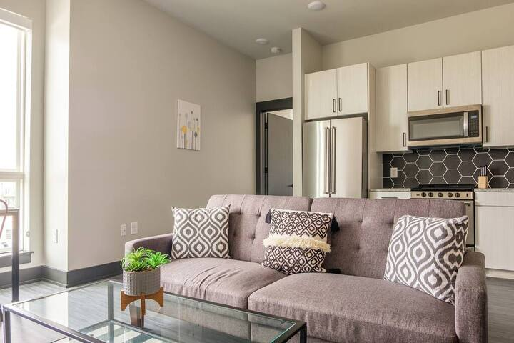 Modern 2BR in South End