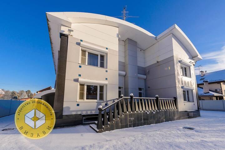 Большой и уютный дом на Новый год в Подмосковье
