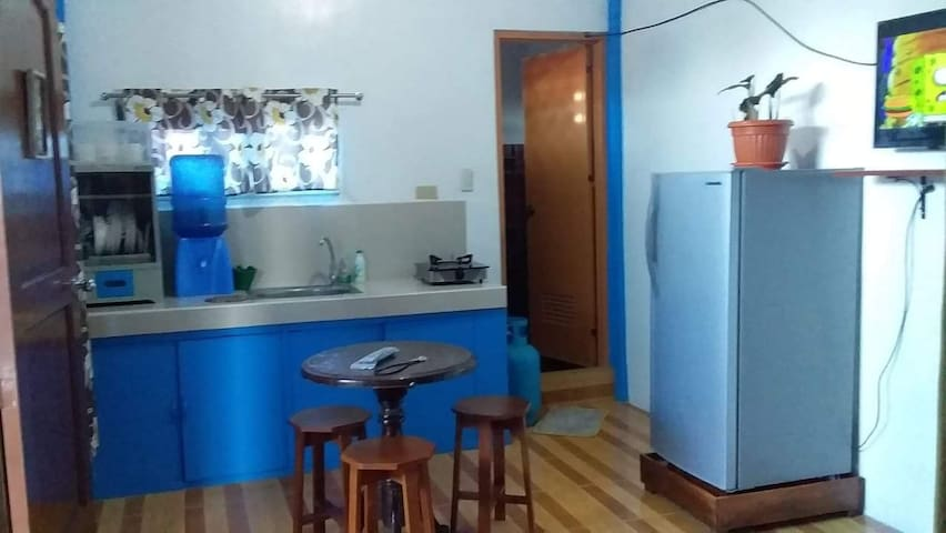 Xandrick and Phine House in San Juan  (2-5 pax)