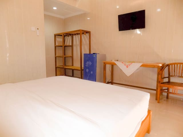 Deluxe Double Room Only at center of Kuta
